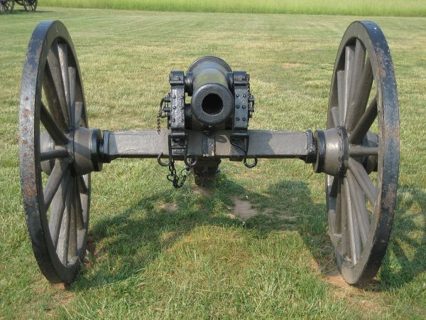 A Parrott rifle, used by both Confederate and Union forces in the American Civil War.