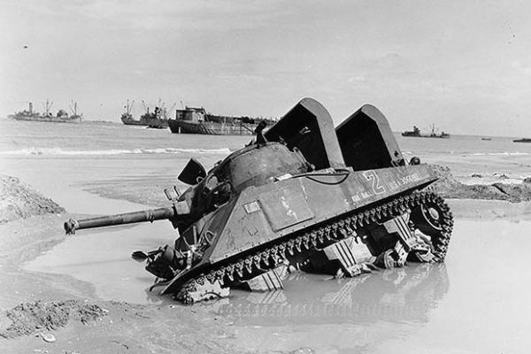 "M4 ""Cannonball"" of 70th TB, Utah beach."