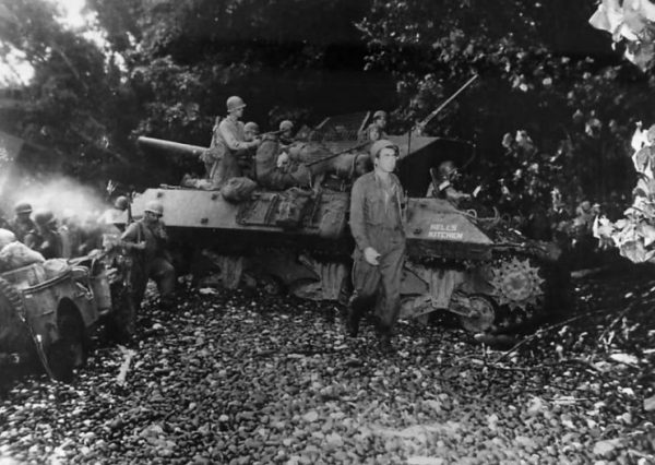 """32nd Division M10 named """"Hells Kitchen"""" on beach at Saidor Dutch New Guinea 1944"""