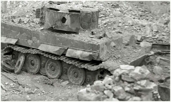 A late variant Tiger 1