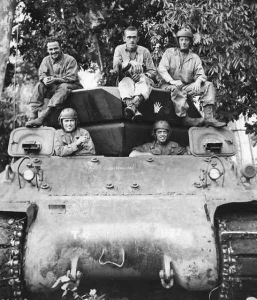 632nd Tank Destroyer Battaliont crew on M10 in Saidor 1944, PTO