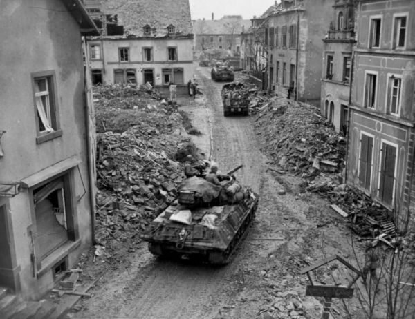 M10, M4, Jeep And 2.5 Ton Truck 76th Infantry Division Speicher 1945
