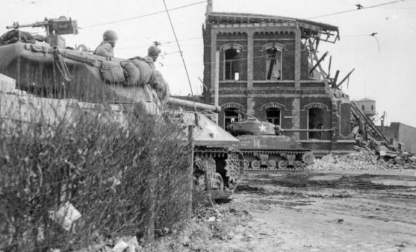 M36 and M4 of the 102nd ID, 771st Tank Destroyer Battalion, Krefeld March 3, 1945