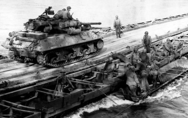M36 crosses the Rhine on an engineer bridge 24 March 1945