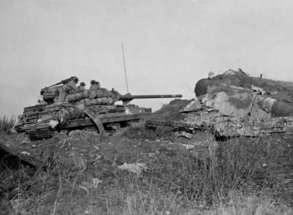 M36 Jackson and Maginot Line Pillbox 776th Tank Destroyer Battalion Hottviller France 1944