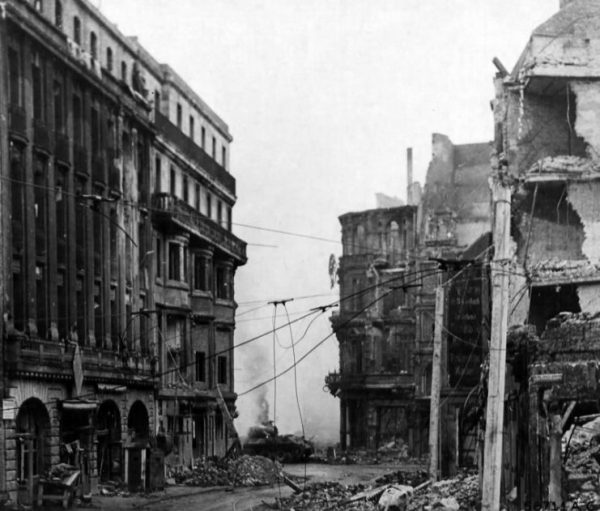 Panther Cologne March 1945 Duel at the Cathedral