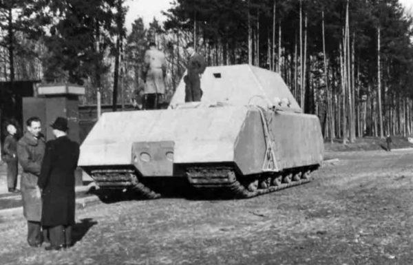 Panzer VIII Maus V1 in front of 7th Ersatz Panzer Regiment barracks, 14 January 1944