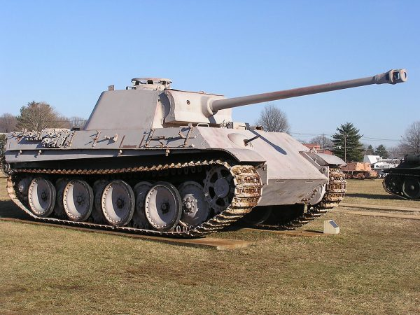 This Panther Ausf.G has the improved 'chin' on the gun mantlet. Photo by Raymond Douglas Veydt CC BY-SA 3.0