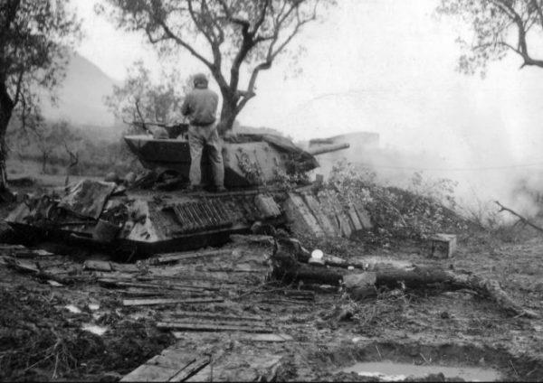 Tank destroyer M10 firing as artillery against Germans in Italy