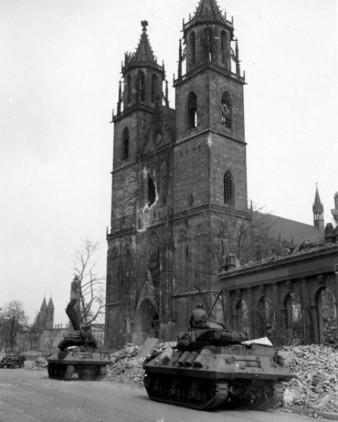 Tank Destroyers of 30th Infantry Division Magdeburg Germany 1945