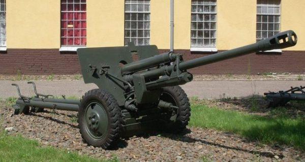M1942 (ZiS-3). By Kerim44 CC BY-SA 4.0