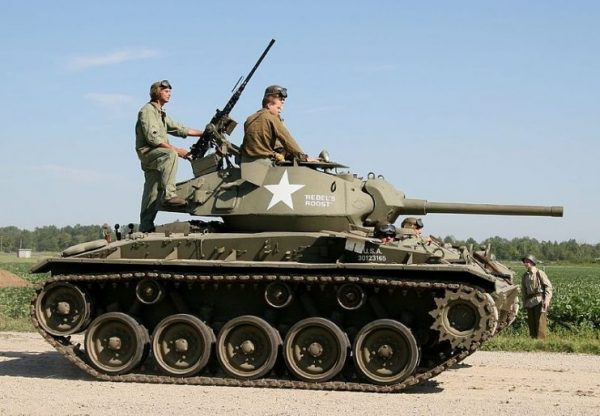 M24 Chaffee at the Thunder Over Michigan 2006. By Armchair Aviator-CC BY 2.0