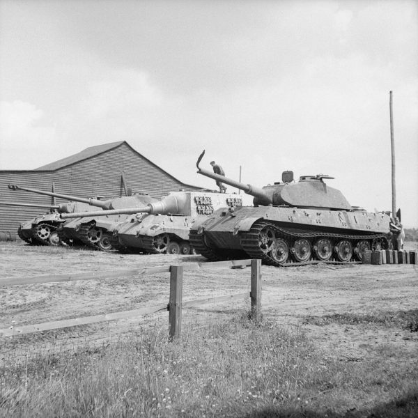 Two Tiger IIs, Jagdtiger 305004 and a Panther at the Henschel tank testing ground at Haustenbeck, Germany, June 1945.