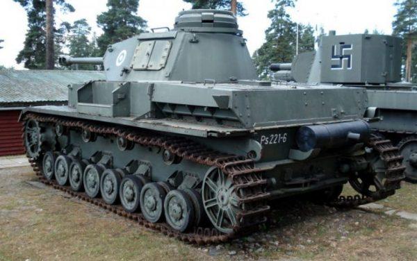 Pz.Kpfw IV Ausf J in Finnish Tank Museum, Parola.Photo Balcer CC BY 2.5