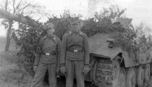 German Hetzer Crew.