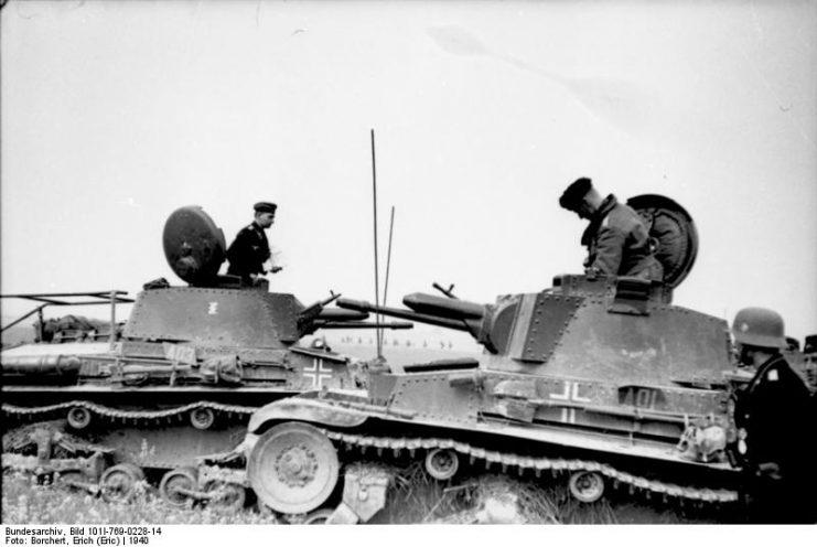 Panzer 35t.Photo Bundesarchiv, Bild 101I-769-0228-14 Borchert, Erich (Eric) CC-BY-SA 3.0