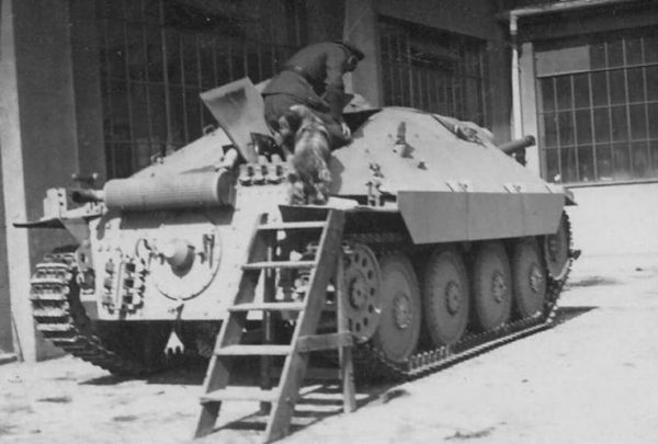 Rear view of the tank destroyer