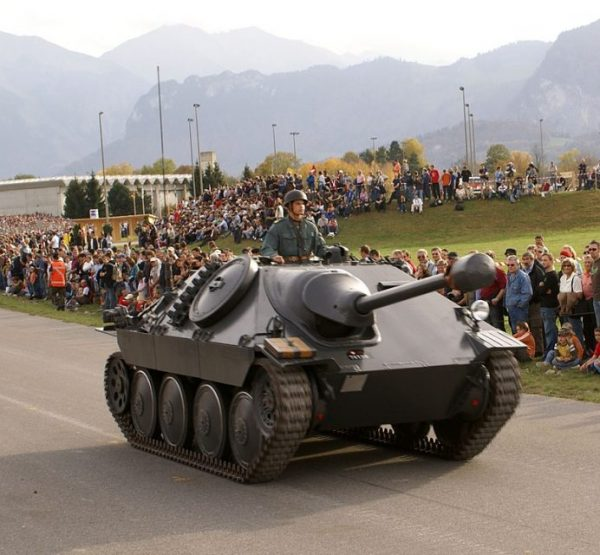 Swiss Army variant – the G-13