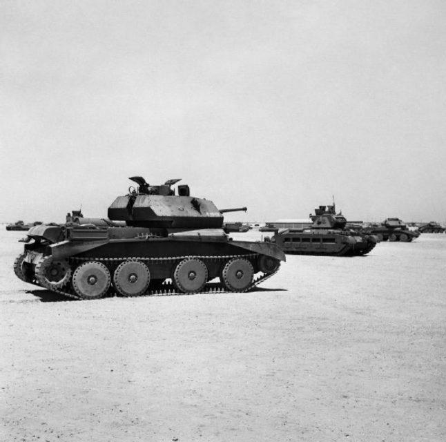 An A13 Cruiser Mk IV and a Matilda tank at a depot in Egypt, 5 September 1941.